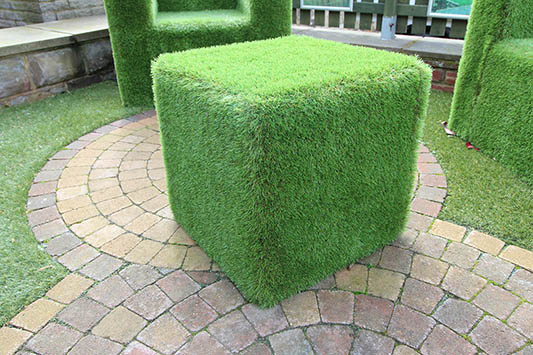 artificial grass cubes