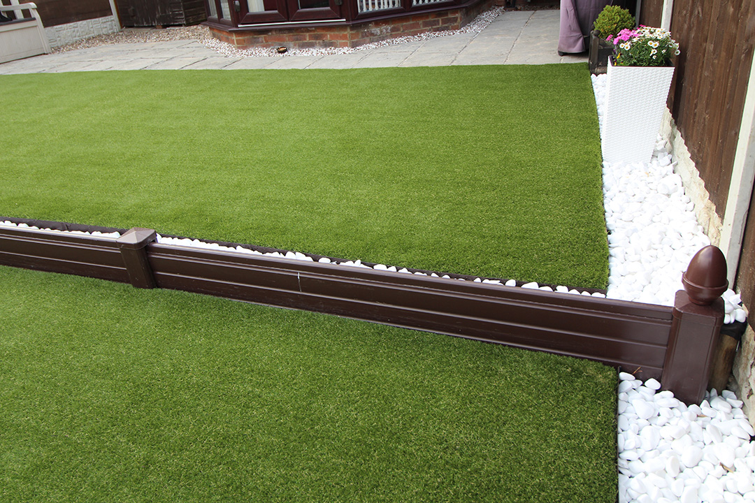 artificial grass steel edging - in situ
