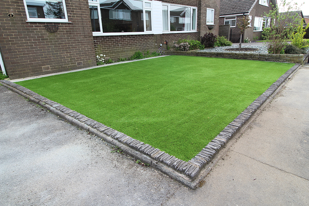 Front Garden, Leeds (After) - Polished Artificial Grass