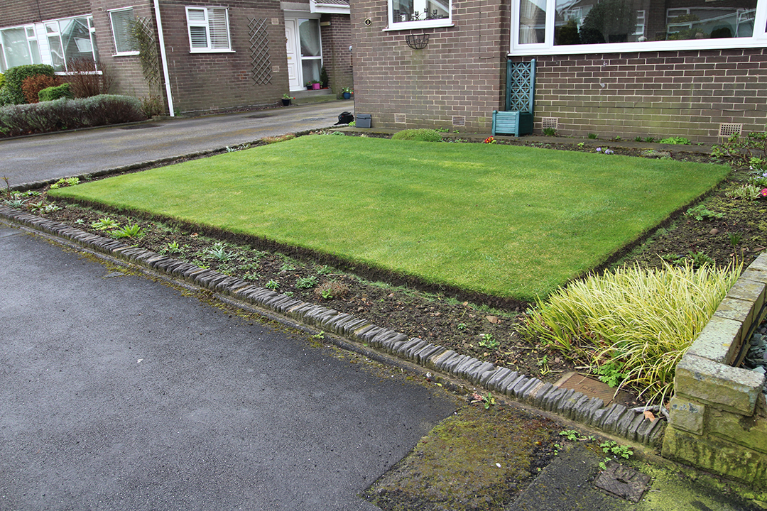 Front Garden, Leeds (Before) - Polished Artificial Grass