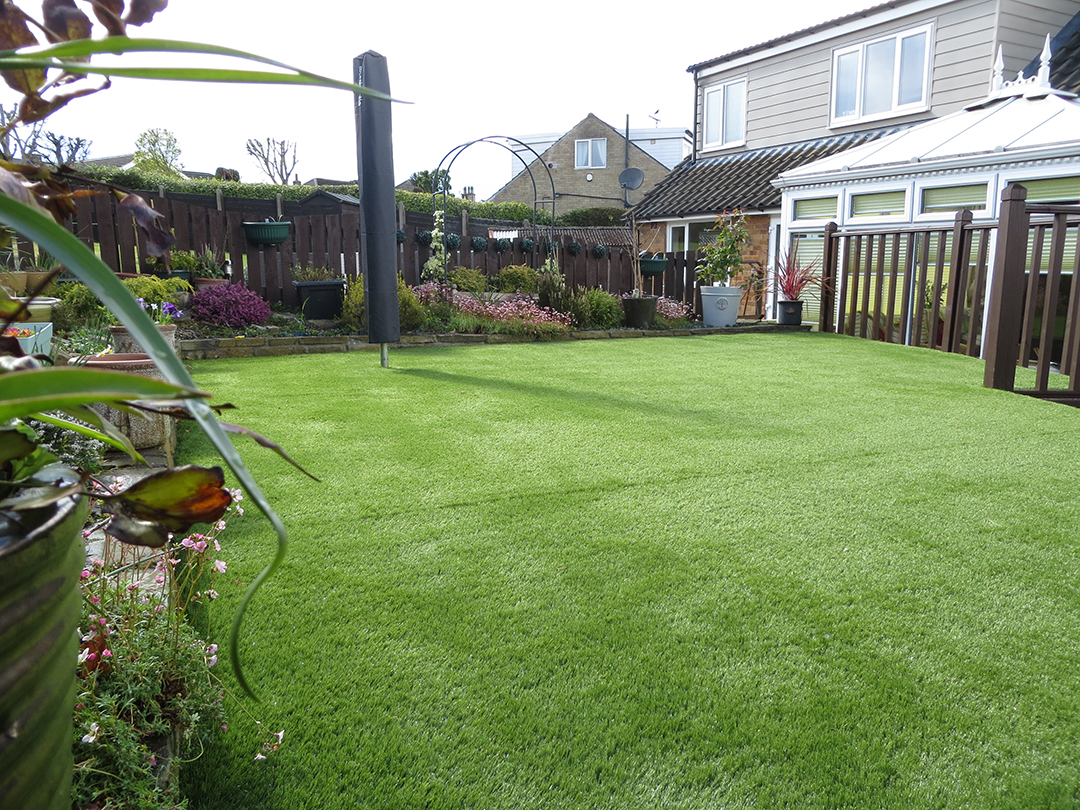 Garden leeds artificial grass over decking after for Garden decking and grass