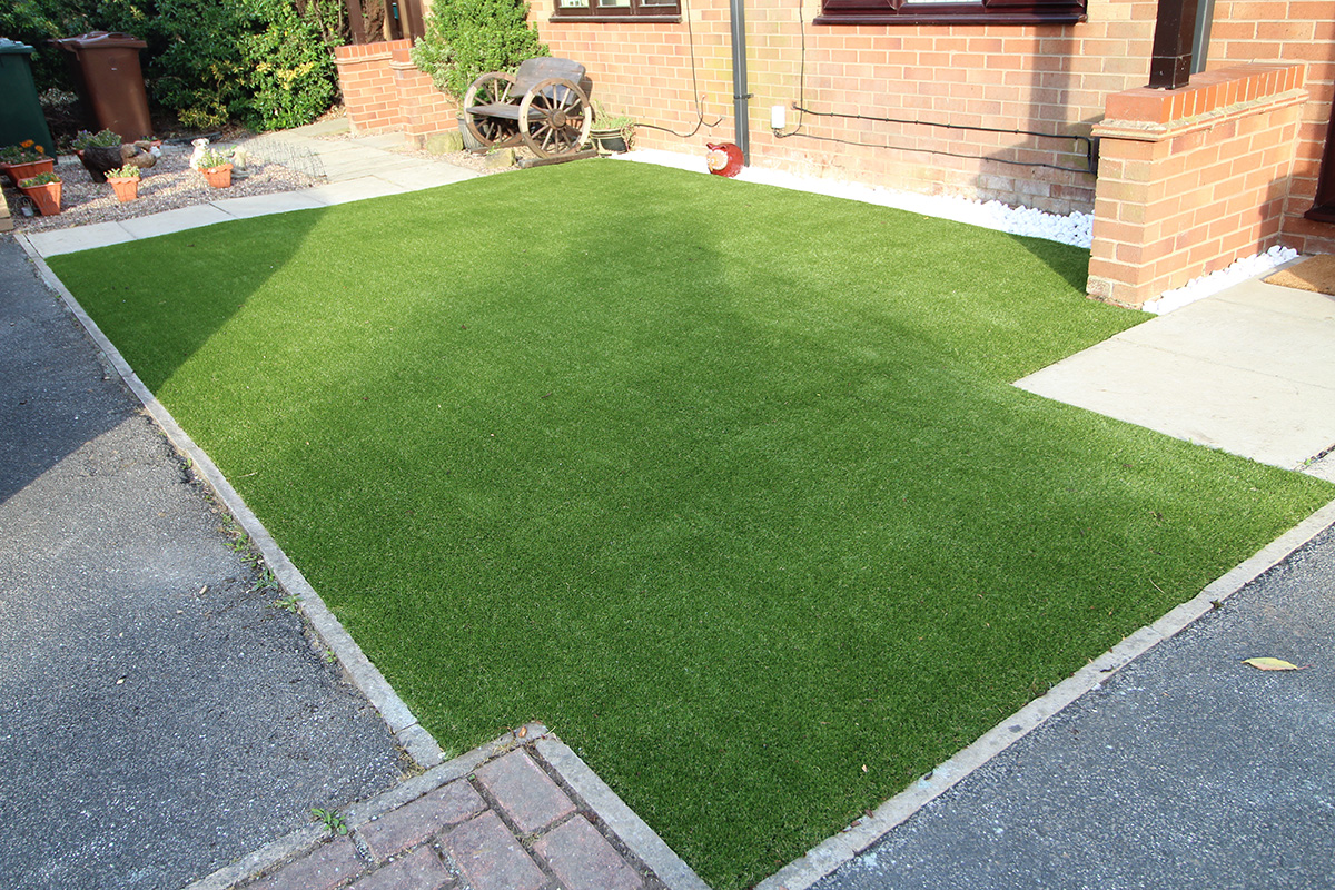 Front Garden Leeds - After Artificial Grass