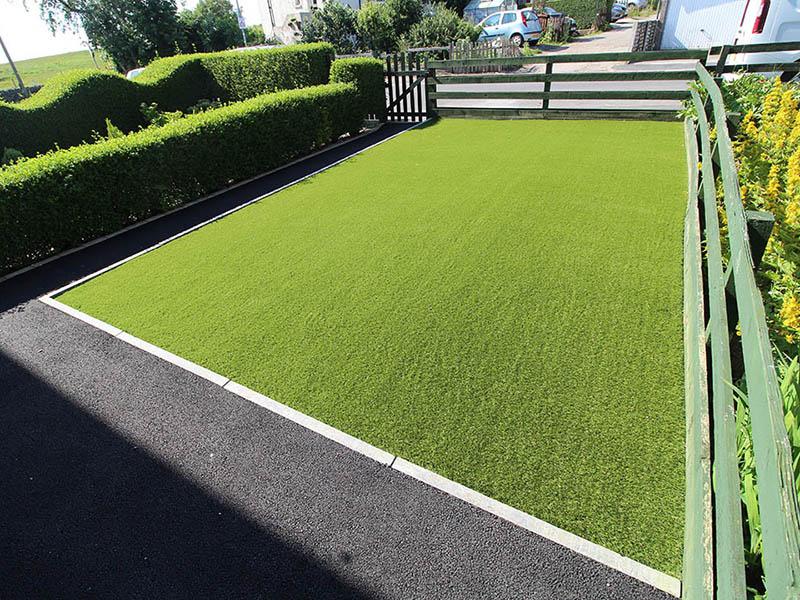 Front Garden Yeadon Leeds after Artificial Grass