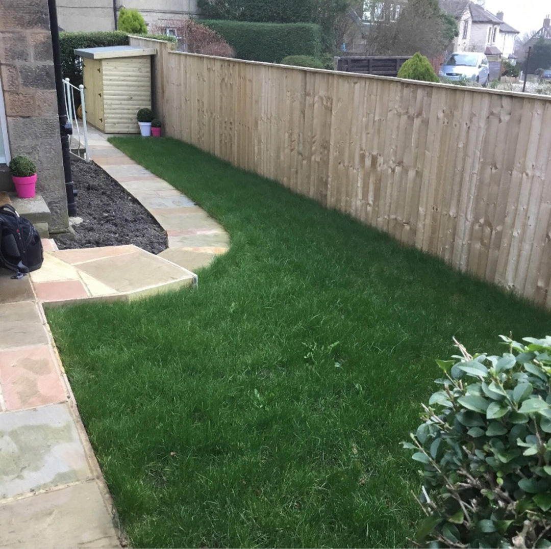Front Garden Yeadon Leeds before Artificial Grass